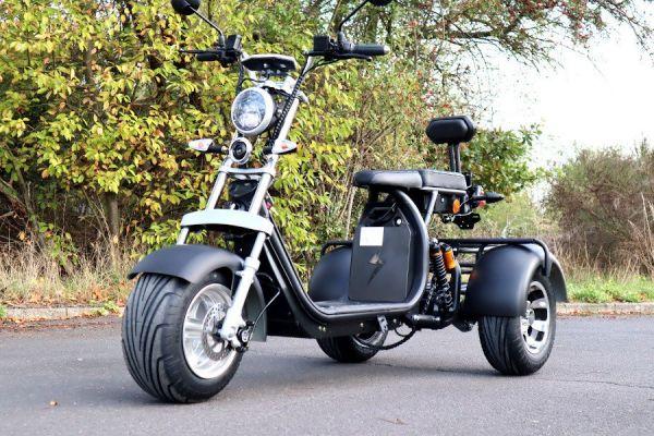 Elektroroller Coco Bike E-Scooter Trike 2000 Watt